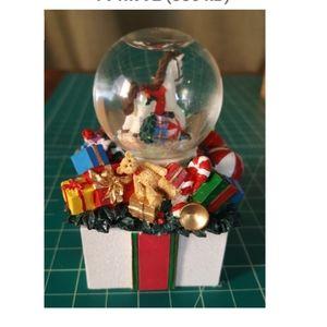 "1998 Avon Mini Horse Snow Globe ""Victorian"""